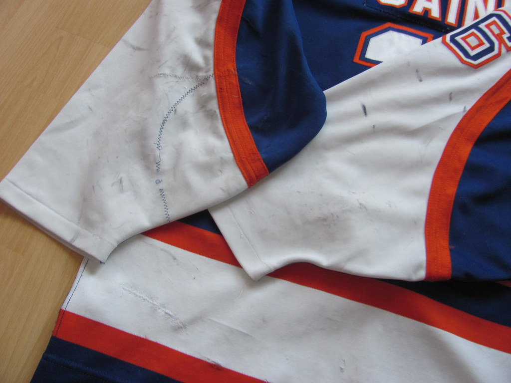 heavy game wear and team repairs (kirusgamewornjerseys) Tags   gaineykamloops kamloops blazers game worn a0c473a3f