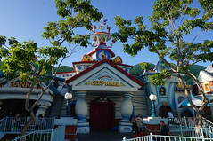 """Toontown City Hall • <a style=""""font-size:0.8em;"""" href=""""http://www.flickr.com/photos/28558260@N04/29191308226/"""" target=""""_blank"""">View on Flickr</a>"""