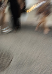 (Adisla) Tags: sony nex 7 zuiko 24mm f2 om mf manual humano movimiento vela dalias almera