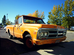 GMC 1500 truck (dave_7) Tags: old classic yellow truck 1500 gmc