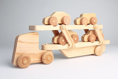 Hand-Made Wooden Toy Car Transporter [Fully lo...