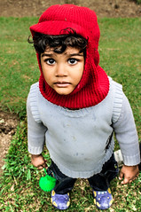 IMG_2102 (sripriyant) Tags: red boy ugly inocent eye cute canon srilanka artgravure