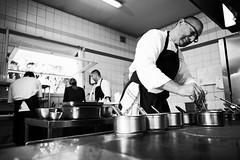 En cuisine le chef