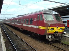SNCB AM75 817 [old version] (LauAM80) Tags: station train gare mons nmbs automotrice ms75 sncb am75