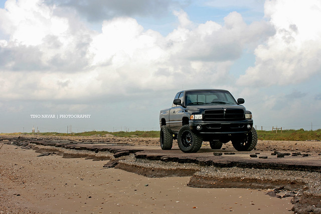sky beach gulfofmexico clouds truck canon coast sand texas offroad 4x4 dodge ram lifted ram2500 sportedition