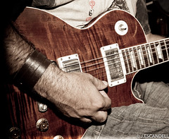 _JEM5818.jpg (jescandell) Tags: music rock live restaurante musical ibiza musica grupo gitarra santagertrudis tonifernandez tocrock cancaus sergiotorres jescandell companatge mygearandme pepegamba titozornoza