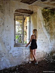(Eleanna Kounoupa (Melissa)) Tags: window girl ruin   perithia   greececorfuionianislands
