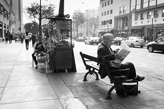 Streets of Lima (a casu ad casum) Tags: olympusomdem5 peru lima bw streetphotography
