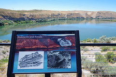 Hagerman Fossil Beds National Monument (walkerross42) Tags: hagermanfossilbeds nationalmonument snakeriver sign idaho
