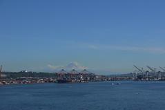 Washington, Seattle. Mount Rainier (Traveling with Simone) Tags: outdoor seattle washington city port ship cranes mckinley mountain mount