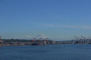 Washington, Seattle. Mount Rainier