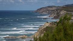 20160914-_dsc0369 (mx5_jacky) Tags: spain waves basquecoast sopolana cliffs