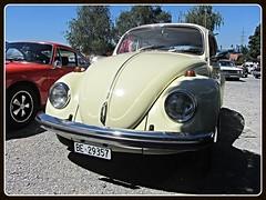 VW Beetle (v8dub) Tags: vw beetle volkswagen fusca maggiolino kfer kever bug bubbla cox coccinelle schweiz suisse switzerland seedorf german pkw voiture car wagen worldcars auto automobile automotive old oldtimer oldcar klassik classic collector
