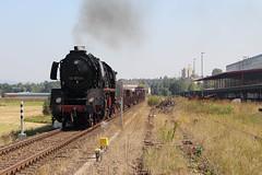 2016-09-15; 084.  Loc 50 0072-4 en SL 110 108-8 met Guterzug 202, Bad Salzungen (Martin Geldermans; treinen, Zge, trains) Tags: 5000724 1101088 eisenach plandampf2016 kohlefrdampfstahlfrparis igewerrabahn immelborn stoomtrein stoom steamlocomotive steam dampf dampfzge dampflok