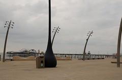 Nexus 360 Litter Bin (Glasdon International) Tags: glasdon glasdoninternational bins blackpool seafornt beach town litterbins cleantown