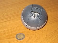 Bolaris - Harmaa (Puzzleparadox) Tags: ball plastic puzzle sliding mechanicalpuzzle harmaa bolaris slidingtile