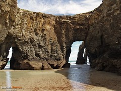 Arcos de As Catedrais (jos luis Zueras) Tags: espaa paisajes mar spain galicia lugo playas ribadeo e500 natureplus playaascatedrais amarialucense josluiszueras mygearandme tplringexcellence