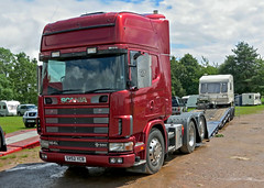 CV52YCB Scania 164L Lowloader (Beer Dave) Tags: truck lorry commercial artic scania hgv ardingly lowloader 164l cv52ycb