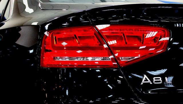 light red black back tail rear l audi a8 indicator