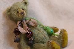 Green Aurelius - adopted (mekare_nl) Tags: bear b artist mohair artistbear mekare mekarebears