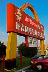 McDonald's (ezeiza) Tags: food oklahoma sign restaurant golden memorial neon arch south fastfood fast arches mcdonalds tulsa ok goldenarches speedee southmemorialdrive southmemorial