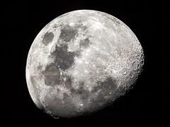 Luna del 25 (emiliokuffer) Tags: moon nikon 8 luna telescope telescopio dobsonian 1200mm skywatcher d3100 nikond3100 203mm1200mm