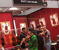Na Li & Scott Cao Violins with friends (Valeria Squillante) Tags: scott li interestingness flickr na cao valeria 2012 cremona flickraward mondomusica squillante flickrtravelaward valeriasquillante