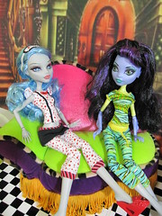 Monster High Pajama Party (Annette29aag) Tags: girls sea monster dead bed tired groovy createamonster monsterhigh