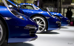 Standardization is boring? I don't think so. (Raph/D) Tags: auto show blue paris france eos automobile aqua 911 days porsche 7d type motor press 4s carrera porsche911 cabriolet mondial 991 carrera4s carrera4 porsche991