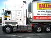 Ballina Kenworth K200 Stretch Cab (KW BOY) Tags: new b tractor truck prime big model highway cab transport over australian stretch double semi truckstop lorry rig hauling express bp hume coe mover trucking ballina kw 2012 kenworth haulage furntiture aerodyne k200 wallan overnighters