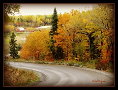 In the Millstream Valley (clickclique) Tags: road friends colors buildings farm fallcolors curves valley autumnfall autmnfall stelouise travelpilgrems