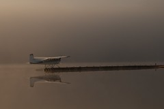 _MAD2216 (le Brooklands) Tags: sunset reflection clouds haze labrador nl nuages seaplane brume labradorcity hydravion reflection levedusoleil littlewabushlake