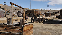 Bodie ghost town (Shot Yield Photography) Tags: usa america california bodie bodieghosttown ghost town house ruins exploration derelict dereliction decay abandoned premises building architecture remains car wreck rusty picture shot yield foto photo image photography shotyieldphotography