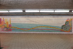 IMG_3565 (Mud Boy) Tags: newjersey jerseycity transit transportation path train publicart mural