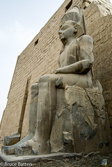 090504 Luxor Temple-05.jpg (Bruce Batten) Tags: monumentssculpture egypt subjects businessresearchtrips trips occasions locations luxor eg