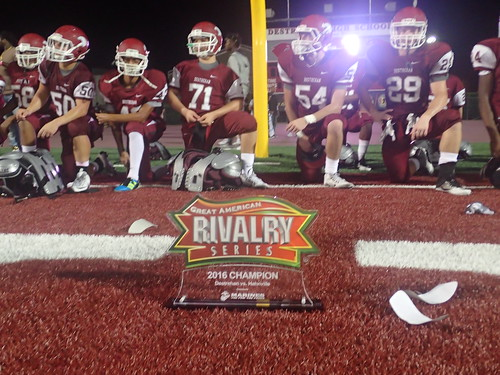 "Destrehan vs Hahnville 2016 • <a style=""font-size:0.8em;"" href=""http://www.flickr.com/photos/134567481@N04/29815611921/"" target=""_blank"">View on Flickr</a>"