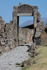 Pompi (Maillekeule) Tags: pompei napoli italie italy porte nocera porta