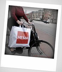 HEMA girl (Amsterdam RAIL) Tags: bike maastricht breasts boobs departmentstore stripey busty hema fiets busen voluptuous borsten gestreept boezem hollandscheeenheidsprijzenmaatschappijamsterdam warenhuis truitje alltypesoftransport avenueceramique hematas
