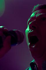 One-man show (glukorizon) Tags: light music green face mouth dark mond licht groen purple livingroom entertainment muziek microphone luc zelfportret donker woonkamer paars selfie odc gezicht huiskamer zingen microfoon odc2 ourdailychallenge spraycanofshavingcream busscheerschuim