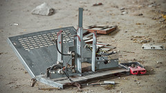 L'usine (www.darnoc.fr) Tags: photoshop canon eos abandon 70300mm usine ancien lightroom ruines urbex 70300 500d ef70300mmf456isusm eos500d