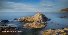 La Cercada (Rafa Irusta) Tags: sunset sea landscape coast bizkaia muskiz singhraylbwarmingpolarizer lacercada rafairusta leebigstopper rafairustacom