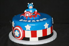 "Captain America birthday cake • <a style=""font-size:0.8em;"" href=""http://www.flickr.com/photos/60584691@N02/7977120118/"" target=""_blank"">View on Flickr</a>"