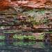 Água fria na lagoa, água morna jorrando das pedras