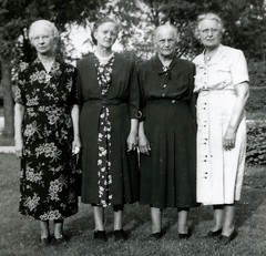 Margaret Bodensteiner, Lizzie Lusson, Mary Schlichte, Theresa Bodensteiner