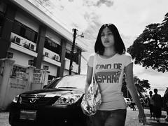 Reino de Espaa (Meljoe San Diego) Tags: bw lady candid grain streetphotography ricoh reinodeespaa grd4 meljoesandiego grdiv