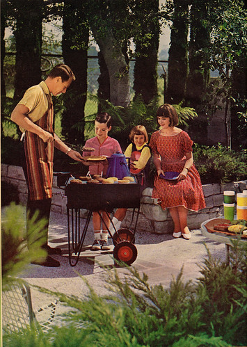 1960s Better Home & Gardens Barbecue Book