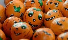 Pumpkin Treats (Twitter - @mdsportsphoto) Tags: halloween pumpkin sweet chocolate