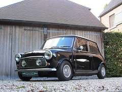 Innocenti Mini Cooper 1300 by Pavesi (1974).