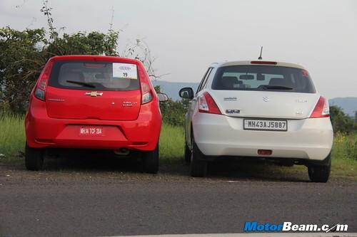 Maruti-Suzuki-Swift-vs-Chevrolet-Sail-U-VA-17