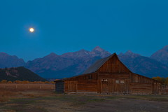 Moon Over Moulton (stevenbulman44) Tags: autumn fall barn us wyoming teton moulton